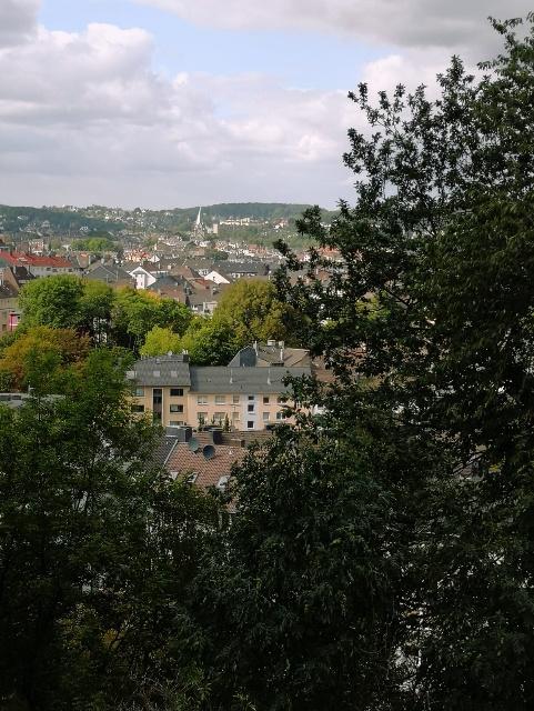 Blick-von-der-Dürerstraße-auf-die-Wuppertaler-City